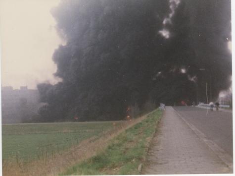 Zware rook bij de ingestorte Scheldebrug, Melle, 1992