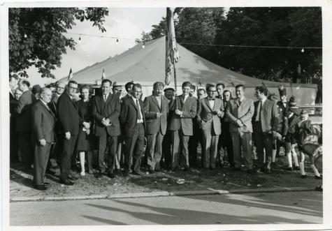 Handelsbeurs groepsfoto, 1969.