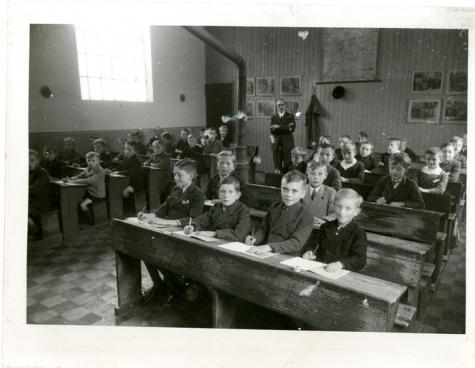 Klasfoto, Vlierzele, 1942