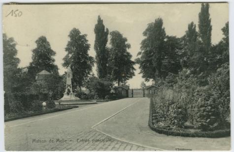 Oprijlaan van het College te Melle in 1914