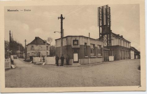 Station Moortsele met telefoonpaal, 1930-1960