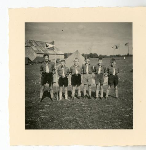 Chiro Melle, op kamp in Bioul, 1959