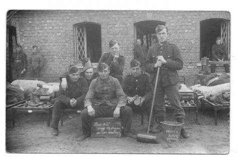 Windekenaar e.a. soldaten in Kamp van Beverlo, 1938