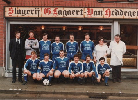 Minivoetbalploeg aan beenhouwerij Lagaert, Sint-Lievens-Houtem