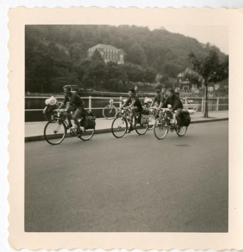 Chiro Melle, fietstocht, Ardennen 1962]