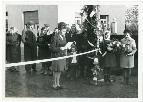 Inhuldiging betonweg Veldstraat, Oosterzele, 1962