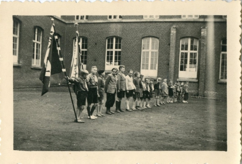 Openingsformatie chiro Melle in College Melle, 1950(?)