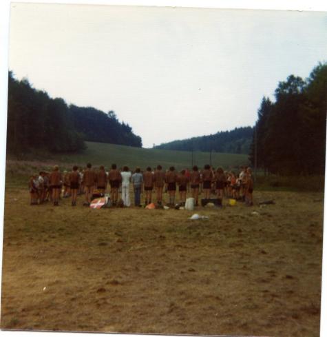 Afscheid van een leeg kampterrein, Guisch, 1976