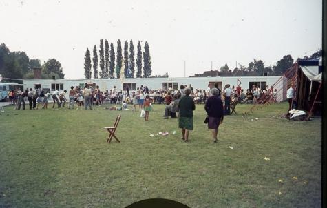 Chiro Melle Geertrui. Opening van de nieuwe lokalen in Lindestraat in Melle. 1972 of 1973.
