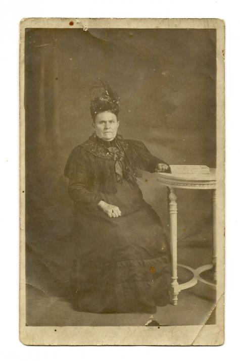 Portret van Octavie Coucke, Scheldewindeke