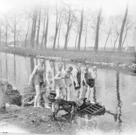 Vliegeniers in de Leie, Sint-Denijs-Westrem, 1917.