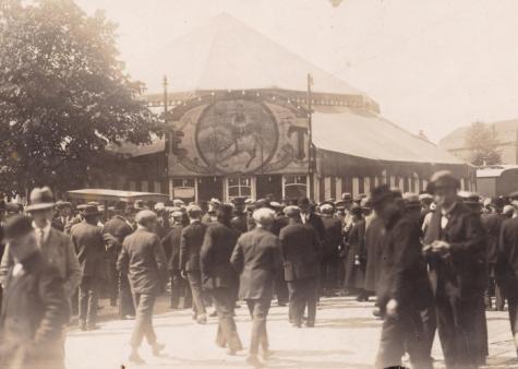 Circus Tondeurs op Houtem Jaarmarkt, Sint-Lievens-Houtem, ca. 1920-1950