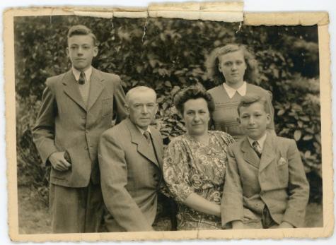 Famiefoto Sylvain Rahoens, Oosterzele, jaren 1950