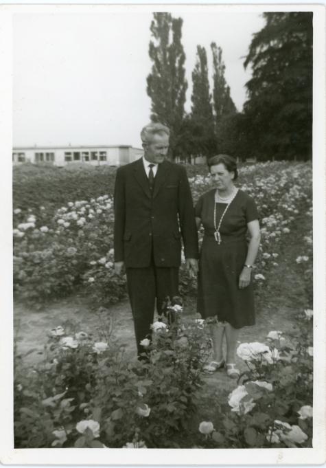 Boomkweker Edmond De Moor en vrouw, Oosterzele, jaren 1970