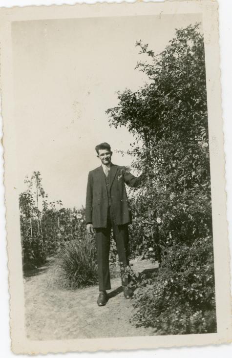 Achterzijde bloemisterij Van Hecke, Zaffelare, 1920-1930.