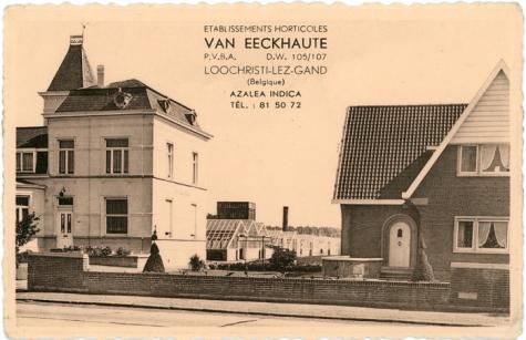 August Lefevre op duivenkot, Sint-Lievens-Houtem, 1945-1950