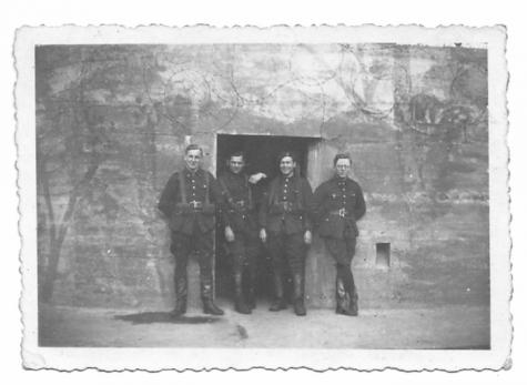 Windekenaar als soldaat te Molenbeersel, 1939