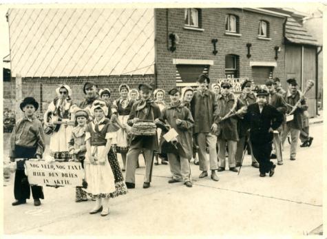 Inhuldiging burgemeester Otte, Sint- Lievens- Houtem circa 1958