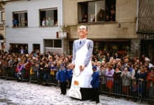 Reus Mondje Wollaert loopt mee in de 23ste carnavalstoet, Merelbeke, 1989