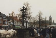 Livinuskruis op Houtem Jaarmarkt, Sint-Lievens-Houtem, 1995