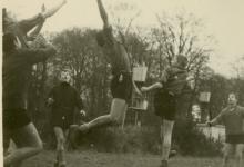Chiro Melle, balspel, Kruisstraat, Melle, 1965?