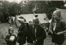 Bezoek op kamp, Ardennen, 1965- 1969.