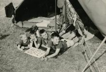 Chirojongens tijdens bezoekdag, Chanly, 1967