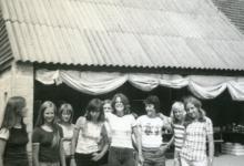 Tiptiens Chiro Geertrui op kamp, Grote Brogel, 1975