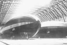 Zeppelinloods voor twee zeppelins, 1915