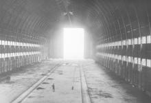 Zeppelinhal van binnenuit, 1915