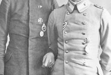Adjudant Adolf Genth en zijn piloot Radke, 1917