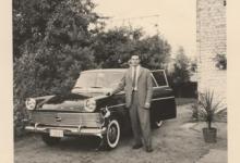Jozef Poppe voor zijn eerste wagen, Melle, 1962