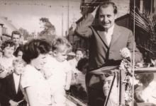 Burgemeester Otte op de dag van zijn inhuldiging, Sint- Lievens- Houtem, 1959