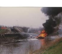 Brandweer bij ingestorte Scheldebrug, Melle, 1992