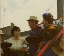 Julien en Marguerite Van Hecke tijdens de pikfeesten, 1979