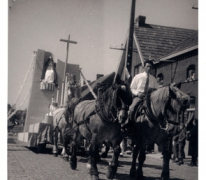 Livinus jubelfeeststoet, Mgr. Meulemanstraat, Sint-Lievens-Houtem, 1957