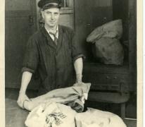 Postman Albert De Block, Gent