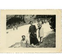 Bedevaart naar Lourdes met pastoor Van Gansbeke, 1951-1952