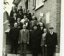 Handelsbeurs ontvangst op gemeentehuis, Sint-Lievens-Houtem, 1966.