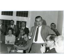 Handelsbeurs Voorzitter Michel Lefevre spreekt toe, 1970.