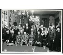 Groepsfoto ter gelegenheid van de huldiging van Vissersclub Het Stekelingske, Merelbeke, 1975-1985