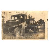 Eerste vrachtwagen van de melkerij, Scheldewindeke, begin 20e eeuw