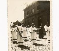 Balegemse engelen in processie, Oosterzele