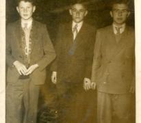 Nieuwe outfit voor de septemberkermis, Sint-Lievens-Houtem, 1952