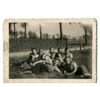 Zomerse uitstap met vrienden, Sint-Lievens-Houtem, 1945