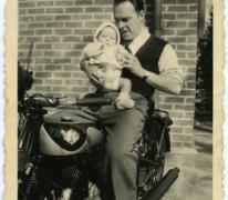 Samen op de motorfiets, Melle, 1945-1950