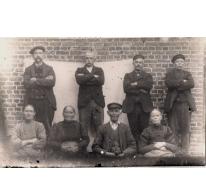 Groepsfoto door fotograaf Mabilde, Letterhoutem, ca. 1910