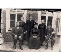Pasfoto's familie De Smet door fotograaf Mabilde, Letterhoutem, ca. 1910