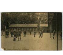 Speelplaats van de hogere afdeling in 1925 College Melle