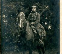 Portret van een soldaat te paard tijdens Eerste Wereldoorlog, details onbekend